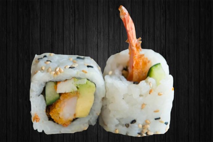 Ebi tempura avocat surimi concombre